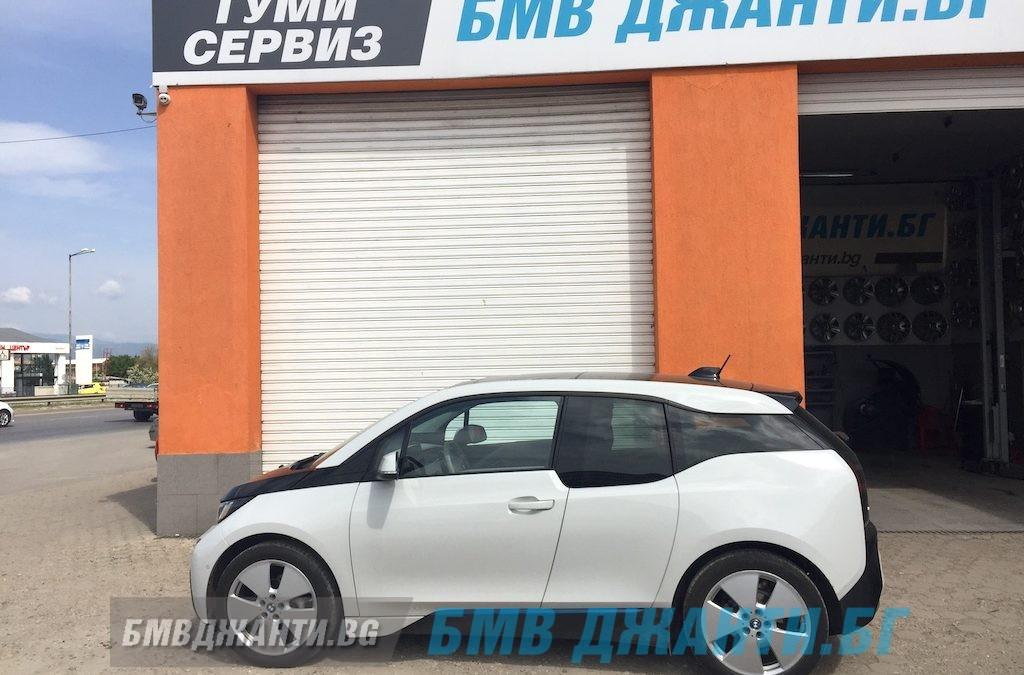 Галерия: Оригинални джанти Style 427 монтирани на BMW i3